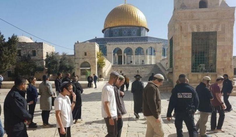 Gerusalemme, 153 coloni invadono al-Aqsa