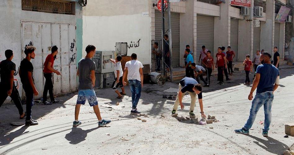 Violenti scontri a Hebron tra giovani palestinesi e truppe di occupazione