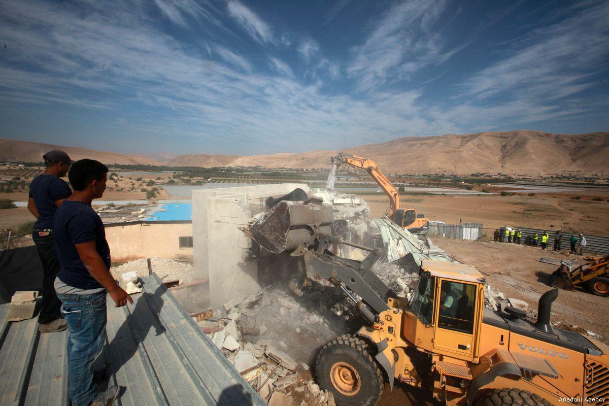 Gli occupanti prendono di mira le costruzioni palestinesi in Cisgiordania