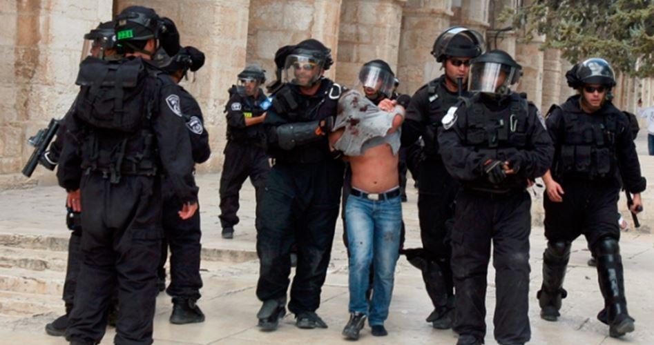 Gerusalemme, 15 fedeli musulmani arrestati a al-Aqsa dalle forze di occupazione