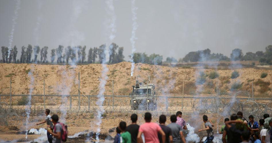 Striscia di Gaza, 35 palestinesi feriti durante proteste