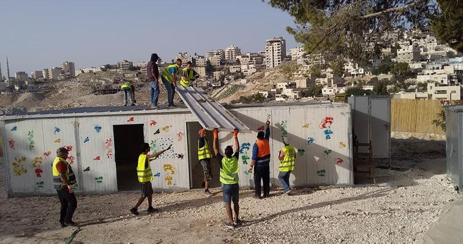 Israele demolisce asilo e centro per le donne ad est della Gerusalemme occupata