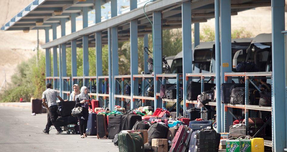 Dall'inizio dell'anno vietato a 1717 palestinesi di attraversare il valico di Karama
