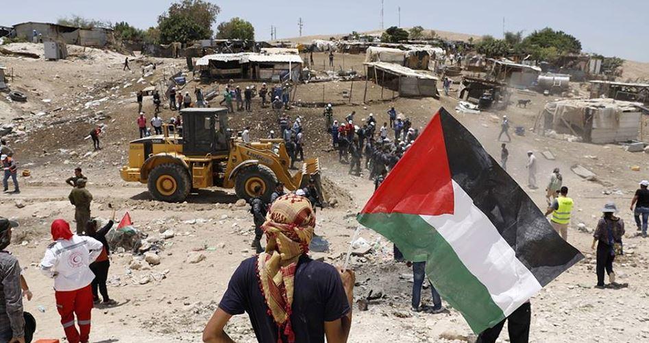 35 feriti durante proteste contro le demolizioni israeliane a al-Khan al-Ahmar