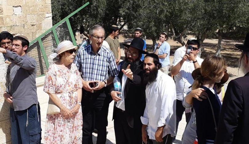 Gerusalemme, 170 coloni invadono i cortili di al-Aqsa