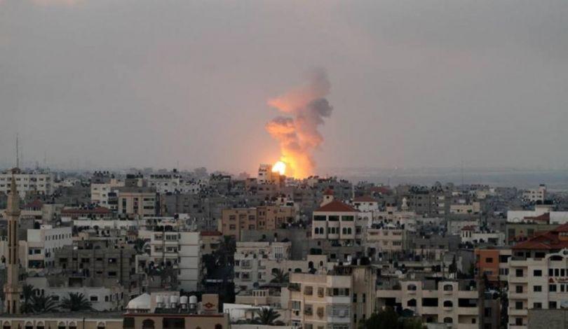 Striscia di Gaza, drone israeliano uccide un giovane palestinese e ne ferisce altri 3