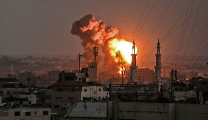 Esercito israeliano: abbiamo iniziatounvasto attacco controlaStriscia di Gaza. Continueràper leprossime ore