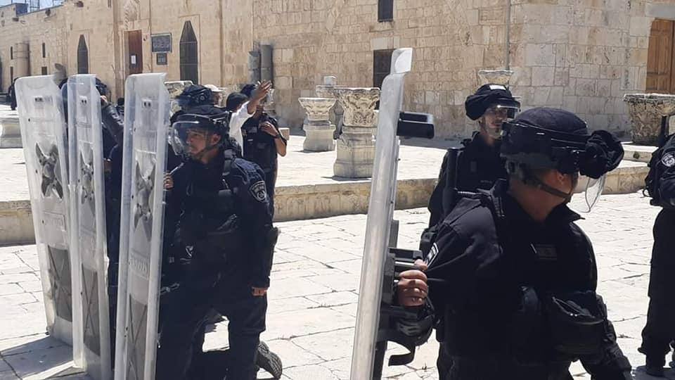 Gerusalemme, Moschea al-Aqsa: decine di palestinesi feriti dalle forze di occupazione
