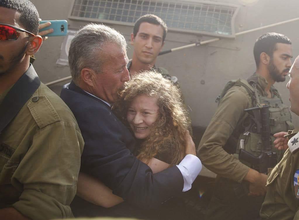 Ahed e Nariman Tamimi libere dopo 8 mesi di prigione israeliana
