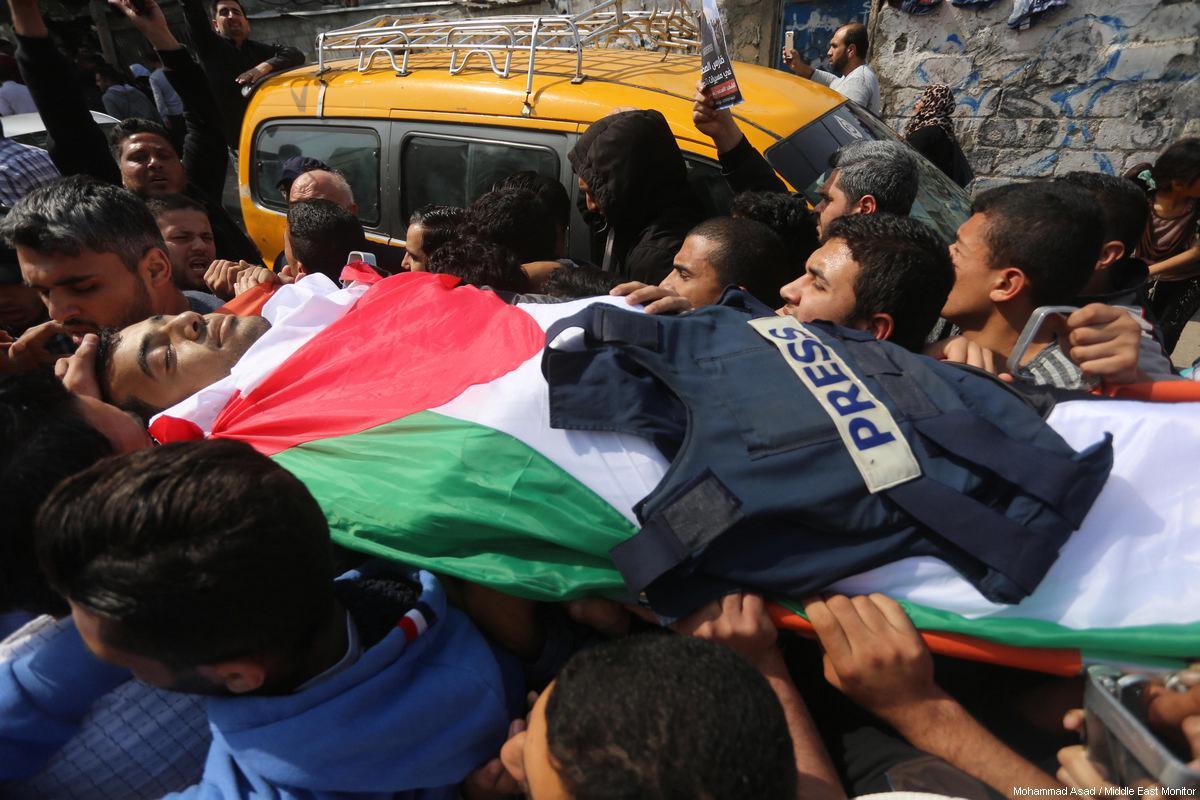 Report: 128 violazioni contro i giornalisti palestinesi