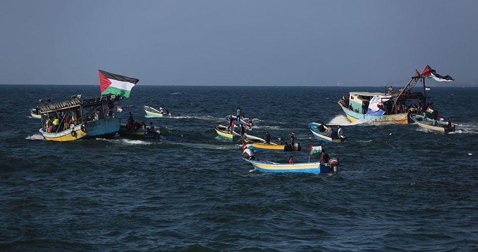 Marina israeliana apre il fuoco su imbargazioni al largo della costa di Gaza