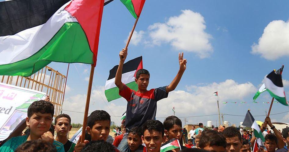 Venerdì di proteste della Grande Marcia del Ritorno a Gaza: 3 palestinesi uccisi e 307 feriti