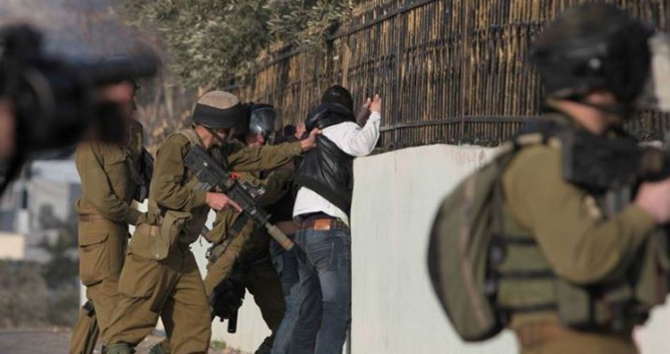 Palestinese ferito da coloni
