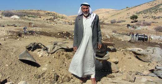 Valle del Giordano, famiglie beduine palestinesi nel mirino delle esercitazioni militari israeliane