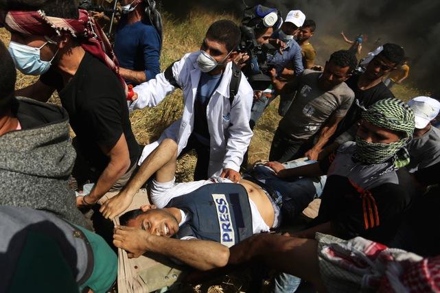 Giornalisti palestinesi nel mirino di Israele: dall'inizio del 2018, 2 uccisi, 254 feriti e 82 arrestati