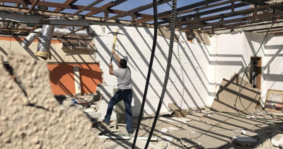 Palestinese di Gerusalemme obbligato a demolirsi la casa
