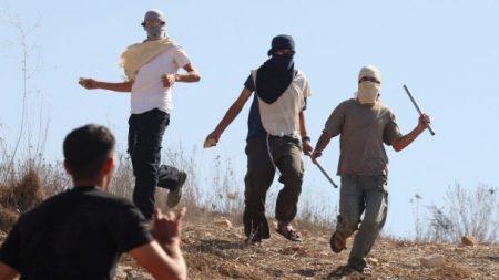 Coloni pianificano il sequestro di terre palestinesi per costruire una tangenziale