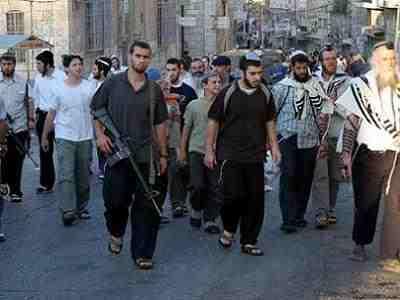 Coloni israeliani danno fuoco a casa palestinese