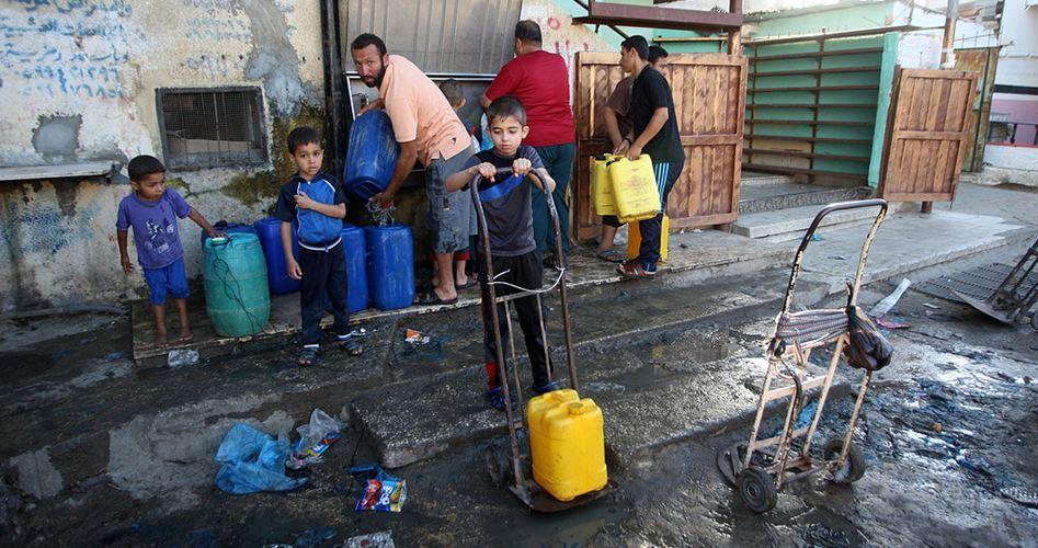 Il 90% degli abitanti di Gaza senza una fonte sicura di acqua potabile