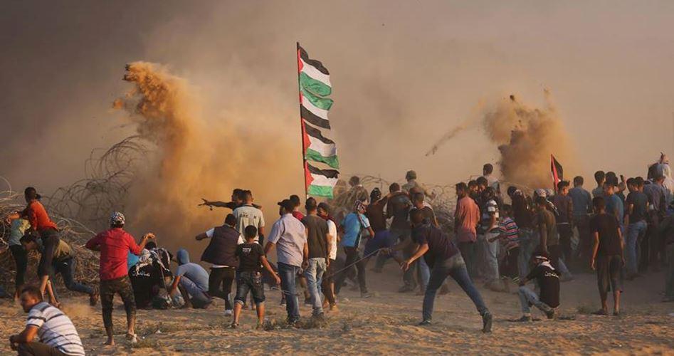 Striscia di Gaza, 30° venerdì della Grande Marcia del Ritorno: 219 palestinesi feriti dalle forze israeliane