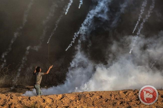Le forze israeliane feriscono 4 palestinesi lungo i confini di Gaza