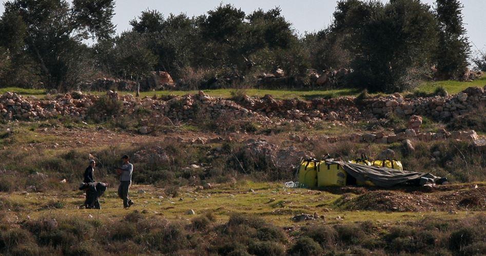Cinque studenti palestinesi feriti in attacco da parte di coloni