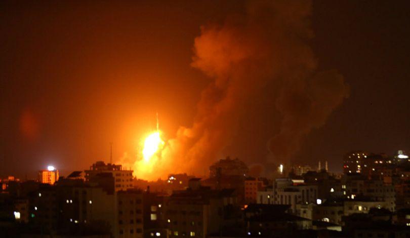 Striscia di Gaza sotto attacco aereo israeliano. 7 palestinesi uccisi e 7 feriti