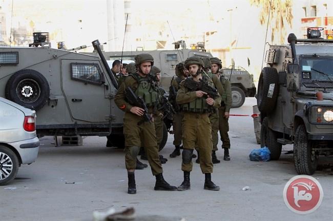 Nablus, 8 palestinesi feriti e 60 asfissiati da lacrimogeni