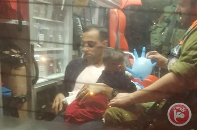 Coloni lanciano pietre contro auto palestinese: ferita bimba di 4 mesi