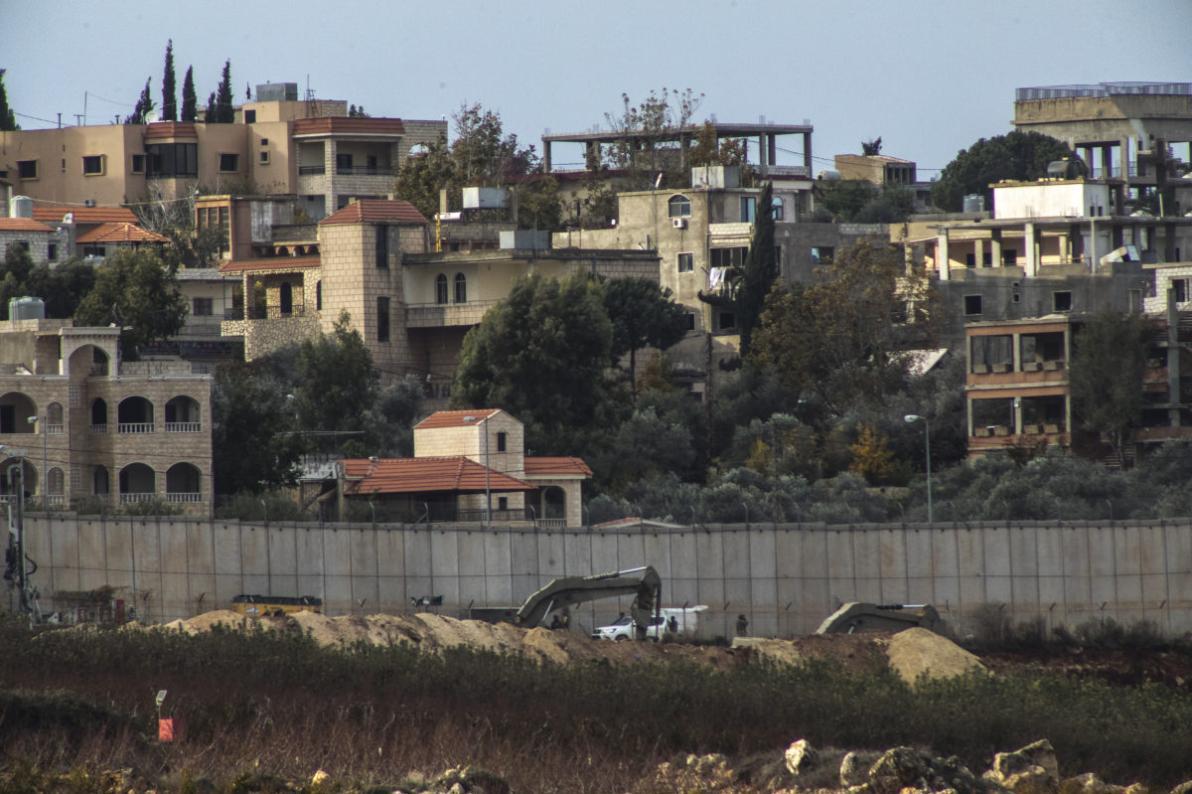 Ya'alon ammette che Israele ha mentito sui tunnel di Hezbollah
