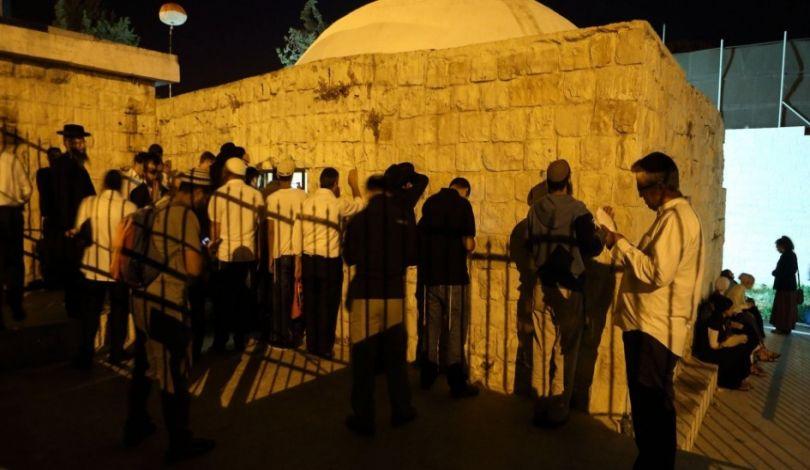 7500 coloni invadono siti religiosi e archeologici palestinesi
