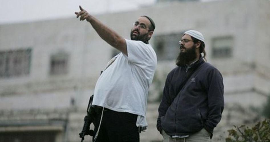 Cisgiordania, colono ferisce palestinese e figlio con ascia
