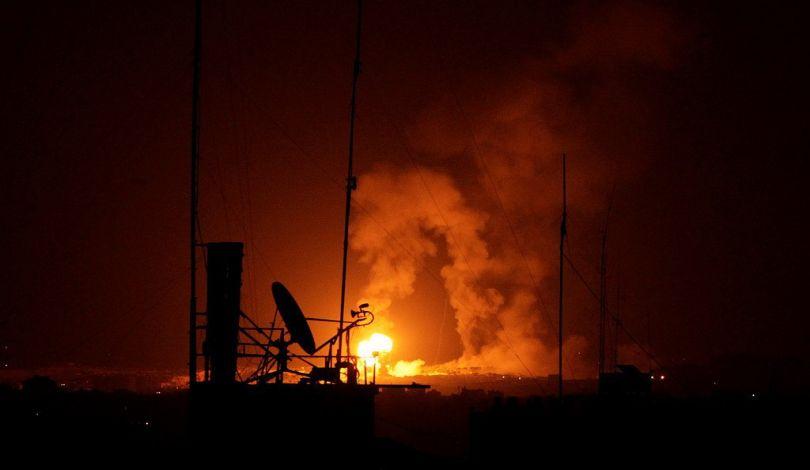 Bombardamento israeliano contro sito della resistenza palestinese nel nord della Striscia di Gaza