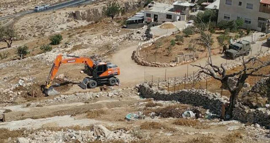 Autoctoni palestinesi ostacolano tentativo di sottrazione terre da parte di coloni