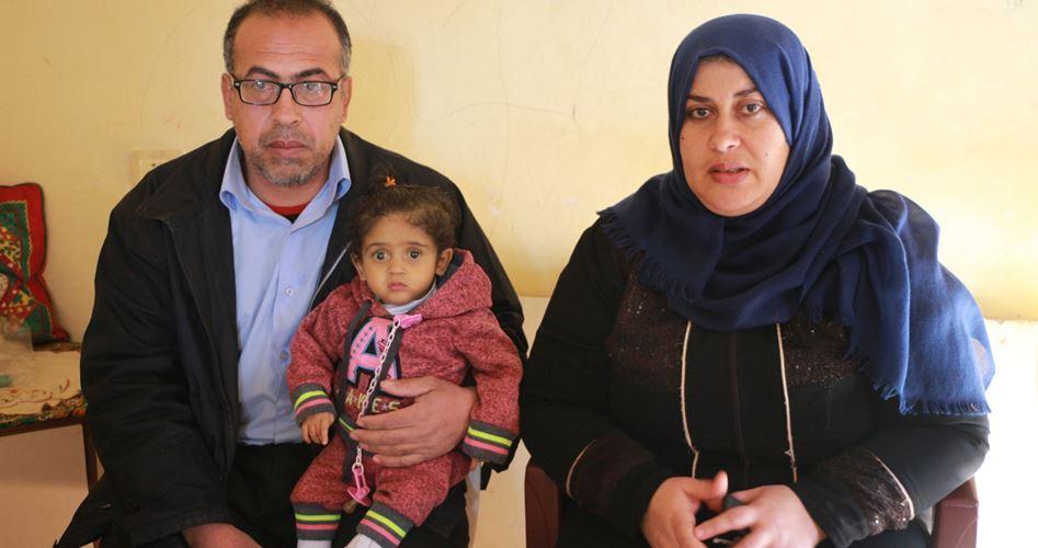 Malattie e povertà minacciano la vita della piccola Ru'aa