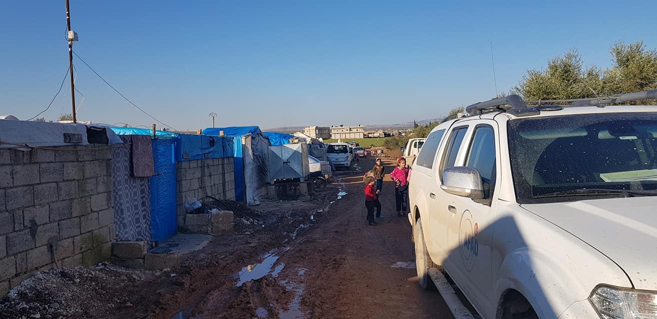 Viaggio tra la disperata vita dei profughi palestinesi e siriani