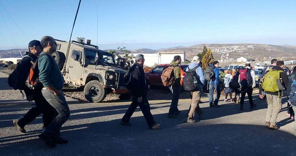 Coloni attaccano case palestinesi ad Ourif