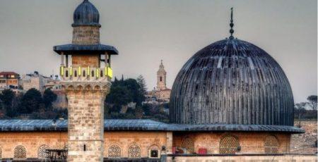 Coloni sigillano porta di moschea nella Gerusalemme Est