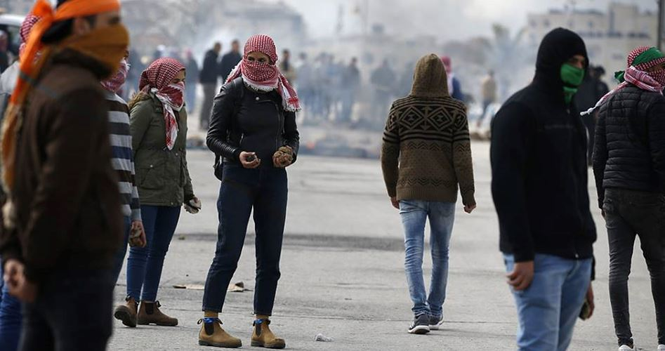 IOF invadono Qalqiliya provocando scontri con residenti locali