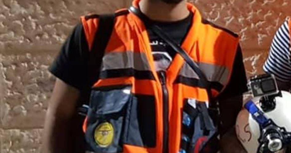 Un paramedico ucciso dalle forze israeliane nel campo profughi di al-Deheisheh. Tre giovani feriti