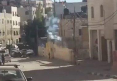 Esercito israeliano attacca studenti palestinesi a Hebron