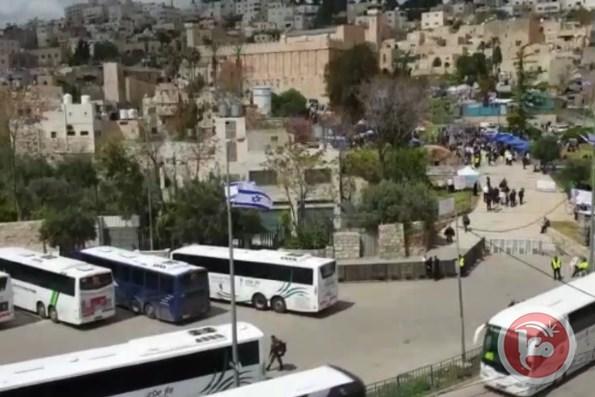 Più di 20 mila coloni visitano la moschea di Ibrahimi a Hebron
