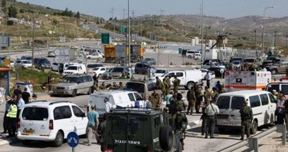 Giovane palestinese gravemente ferito da soldati israeliani al check-point di Za'atara