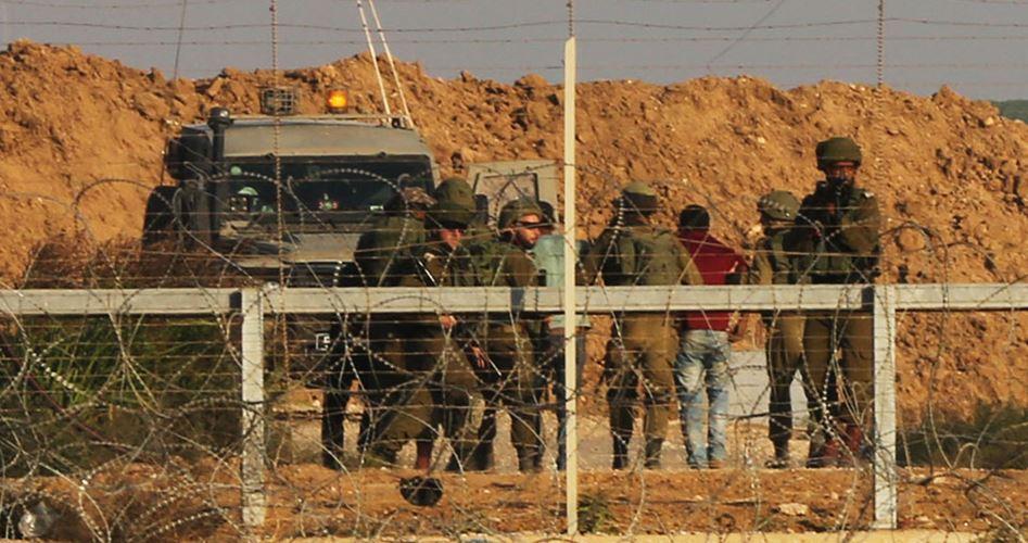 Striscia di Gaza, un palestinese ucciso e altri 2 feriti alla barriera di confine
