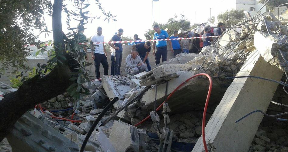 Israele demolisce 25 strutture a Gerusalemme