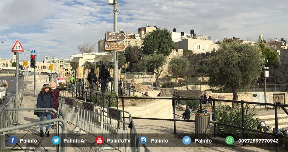 Polizia israeliana crea barriere vicino ad al-Aqsa