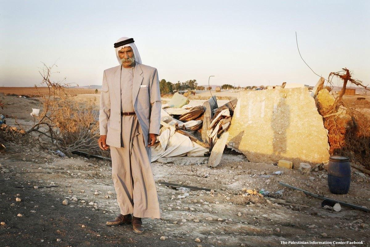 Israele libererà il capo del villaggio di al-Araqib, a condizione della sua deportazione