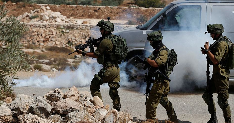 Esercito israeliano ferisce diversi palestinesi al confine di Gaza