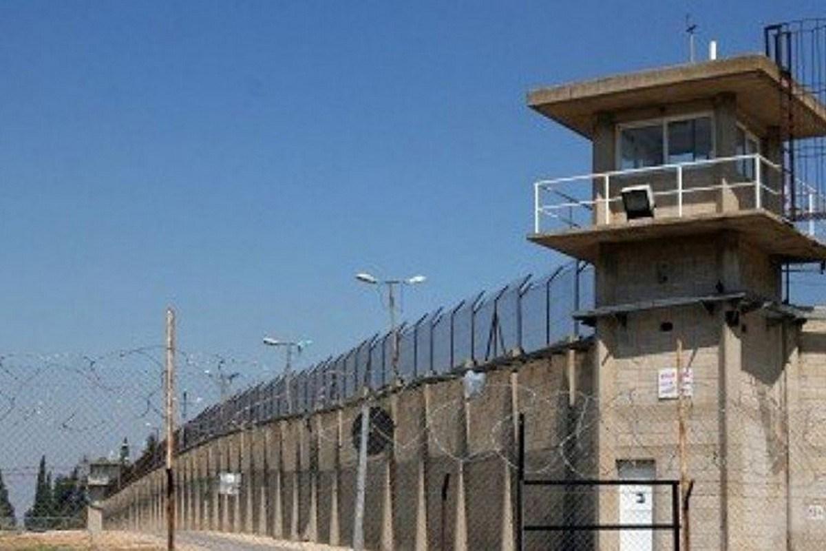 Report: trattamento disumano dei prigionieri nelle carceri israeliane