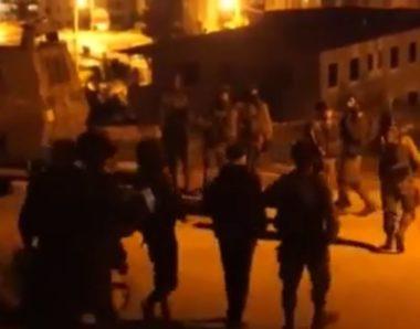 Soldati israeliani rapiscono 50 palestinesi in 24 ore